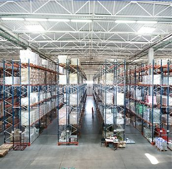 Warehousing services of SOLID LOGISTICS